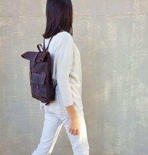 Cala mochila Nogal hecha en ESpaña de piel calaalicante