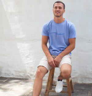 Cala camiseta Mediterráneo fabricada en España calaalicante tienda independiente 30 aniversario regalos