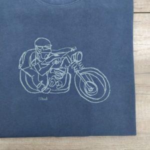 Cala camiseta trazo moto diseño y fabricación española calaalicante 30 aniversario