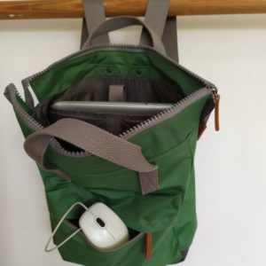 Cala mochila océano verde vivo calaalicante mochila sostenible calaalicante 30 aniversario