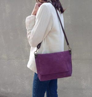 Cala bolso Arce serraje morado piel hecho en España calaalicante 30 aniversario
