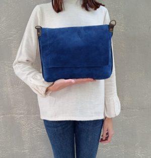 Cala bolso Arce serraje azul piel hecho en España calaalicante
