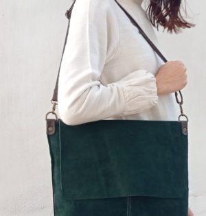 Cala bolso Muérdago serraje verde piel hecho en España calaalicante caladesde1990