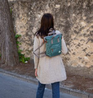 Cala mochila Roka fabricada con botellas de plástico Río calaalicante