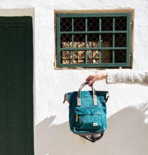 Cala mochila Roka fabricada con botellas de plástico calaalicante tienda independiente