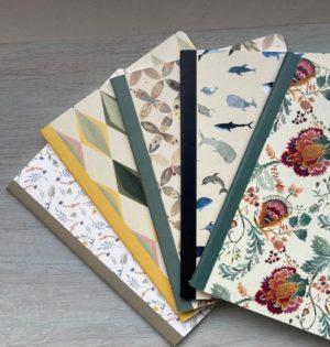 Cala-con trompa y cartón-Paula Alenda-libreta-fabricado en España-caladesde1990