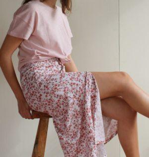 Cala falda larga florecitas rosa calaalicante diseño español caladesde1990